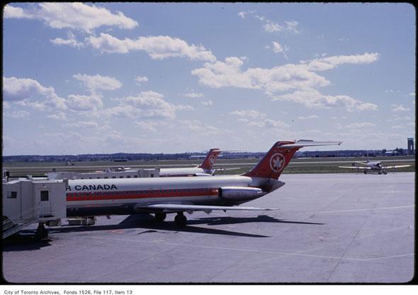 terminal 2 pearson airport