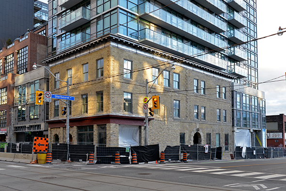 king condos sherbourne
