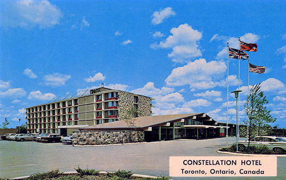 Hotels Close To Toronto Airport
