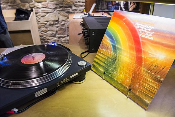 vinyl record stores toronto