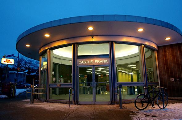 castle frank subway station