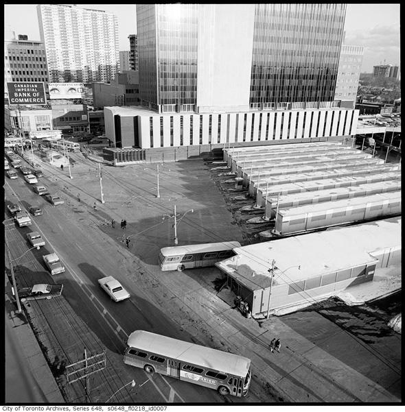 eglinton station bus terminal