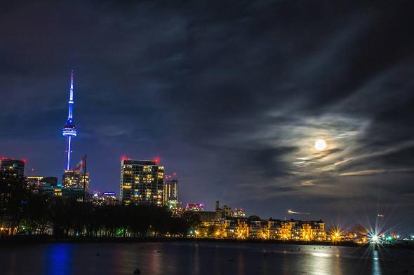Toronto Supermoon
